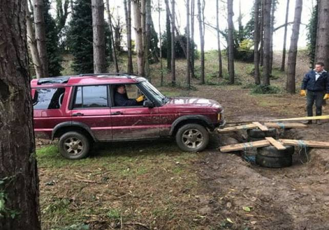 4x4 Off Road Driving Day Experience  West Malling, Kent Image 2