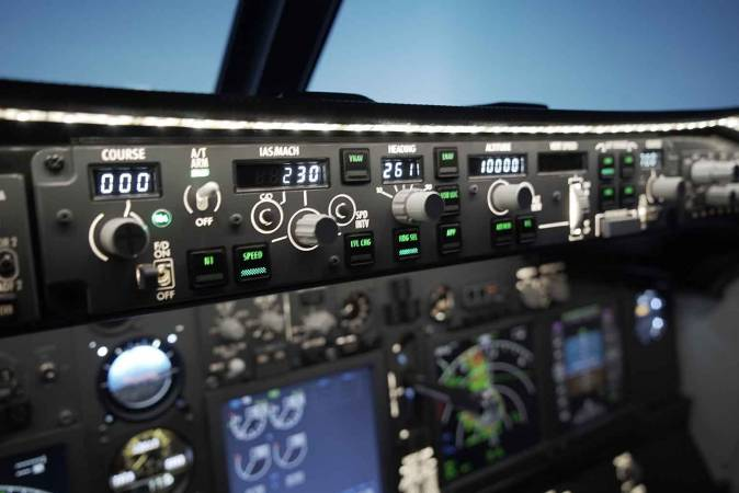 Flight Simulation Experience in Lancashire - Unique Gifts Image 1