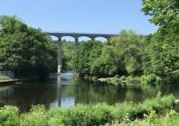 Thumbnail - qualified blue badge tourist guide private chauffeur tour in North Wales Image 0