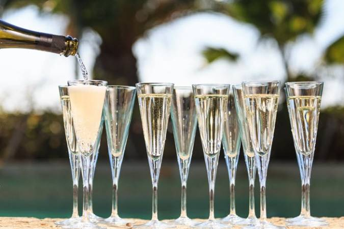 Unlimited Pizza & Italian Sparkling Wine Brunch at Various UK Locations Image 2