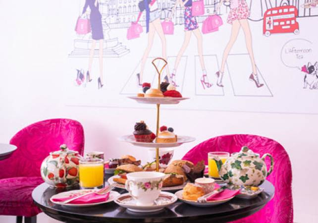 Afternoon Tea Bakery Covent Garden London - Add Prosecco & Gin Image 4