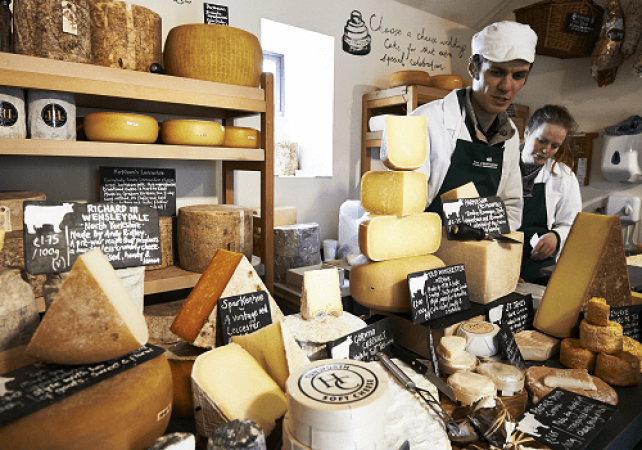 Artisan Cheese Making Course in Lancashire Gift Experience Image 1