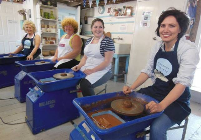Weekend Pottery Courses Herefordshire - Gifts fdor Him and Gifts for Her Image 6