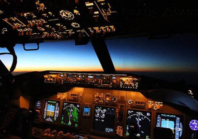 Flight Simulation Boeing 737 Newcastle, Suitable All Ages Image 2