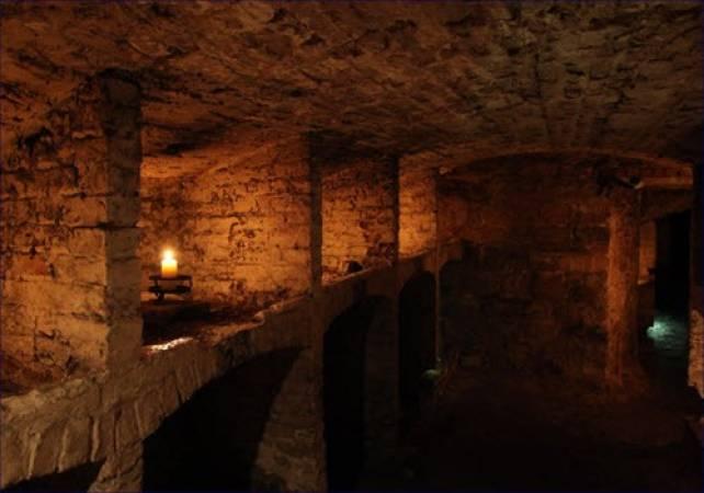 Daytime ghost tour Blair Street Underground Vaults Edinburgh Image 5