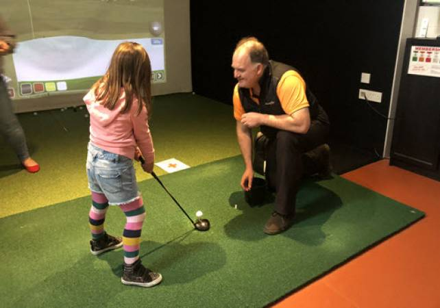 Golf Gifts for her: 60 minute Golf lesson at St Andrews Image 4
