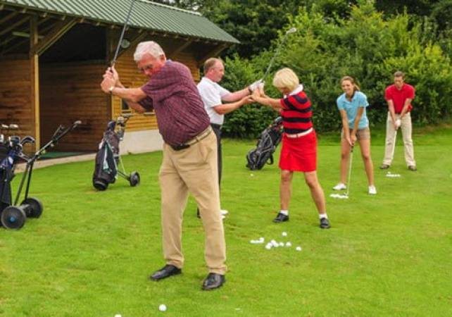 60 Minute Golf Lesson for 2 with PGA Pro  140 UK Locations Image 1