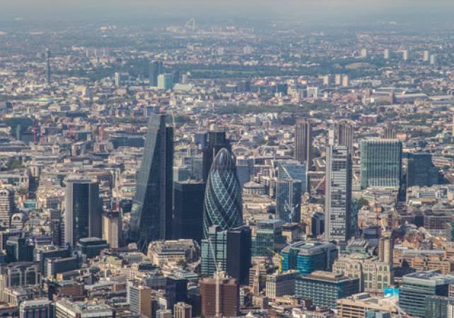 Aerobatics Flight Experience around London - LGE Image 4