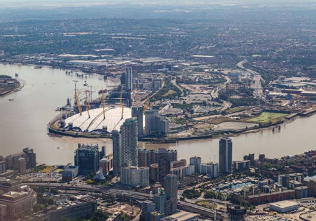 30 min Sightseeing Helicopter Tour London - LGE Image 5