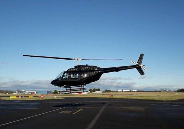 30 min Private Helicopter Tour Newcastle and Sunderland Image 1
