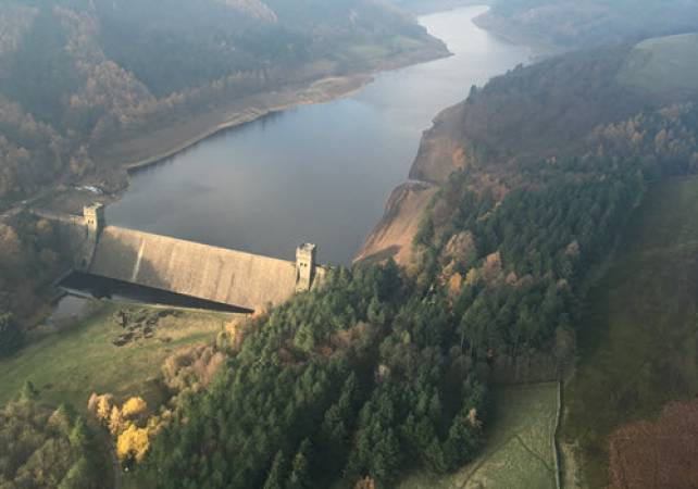 30 min Dambusters Sightseeing Helicopter Tour - LGE Image 1