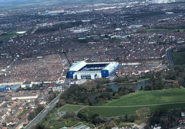 30 min Sightseeing Helicopter Tour Liverpool - LGE Image 3