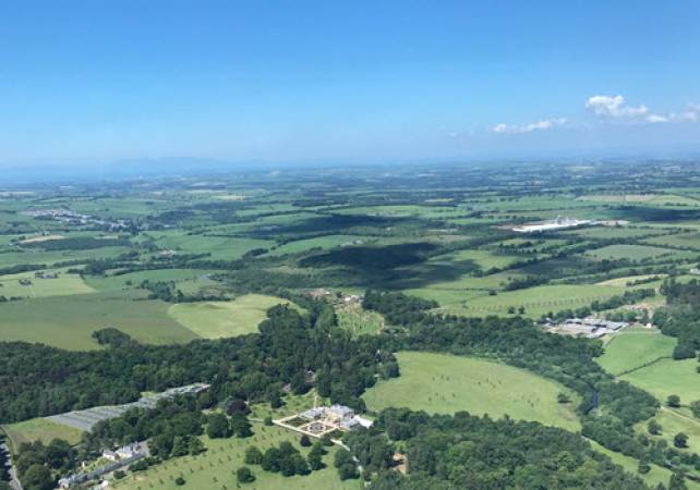 30 min Private Helicopter Tour Glasgow & West Coast of Scotland Image 2