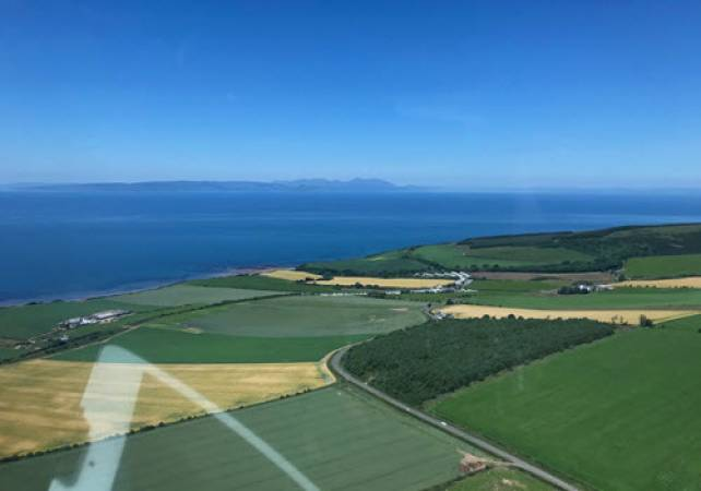 30 min Private Helicopter Tour Glasgow & West Coast of Scotland Image 3