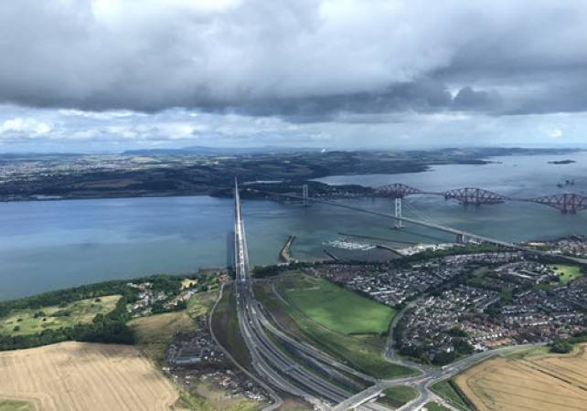Private Helicopter Sightseeing Tour for 30 Mins Over Edinburgh Image 2