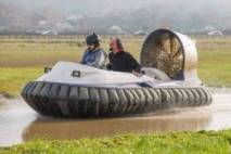 Thumbnail - Hovercraft experience for beginners based in Cheshire Image 3