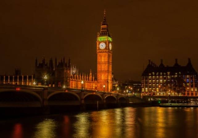 London Night Photography Private Tour South Bank and Westminster Image 4
