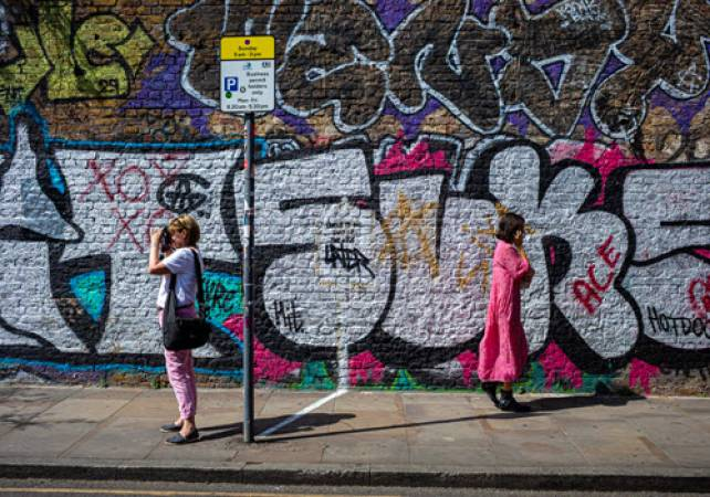 Photography Private Tuition of Shoreditch Street Art London Image 4