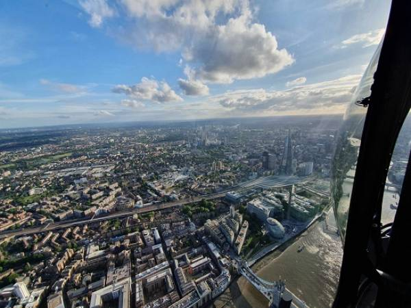 30 min Sightseeing Helicopter Tour London - LGE Image 3