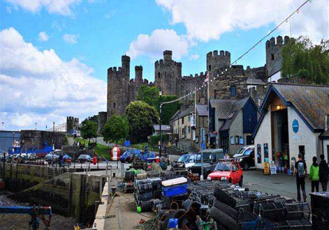 North Wales Castles, Coast and Country luxury private guided tour Image 2