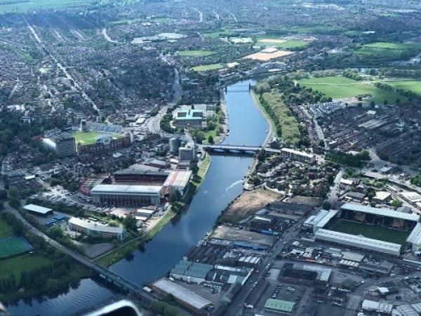 30 min Sightseeing Helicopter Tour Nottingham - LGE Image 4