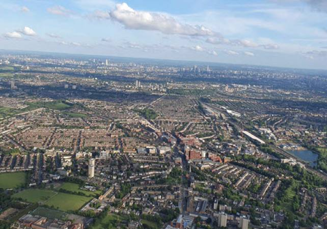1 Hr Private Sightseeing Flight of London  |Best Way to Experience London Image 1