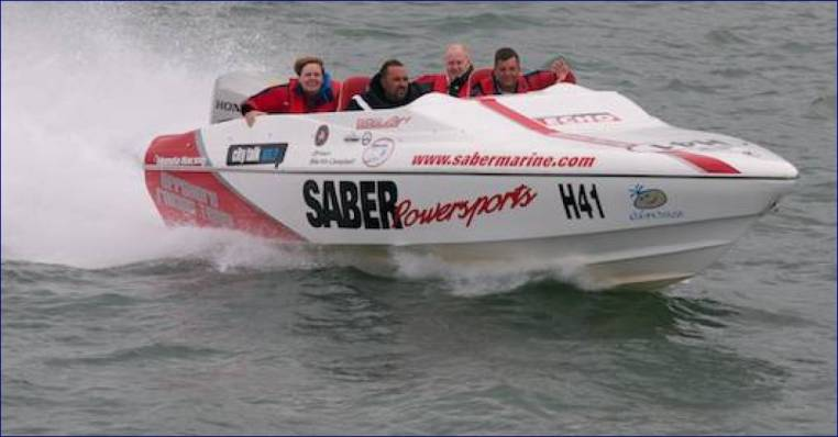 Powerboat Day Out for Two on the Solent Strait, Southampton 18 years+ Image 3