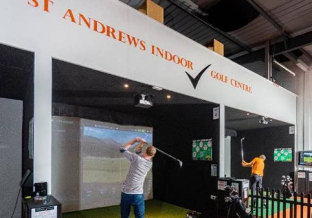 Golf Gifts For Him Golf lesson With PGA Pro at St Andrews Image 1