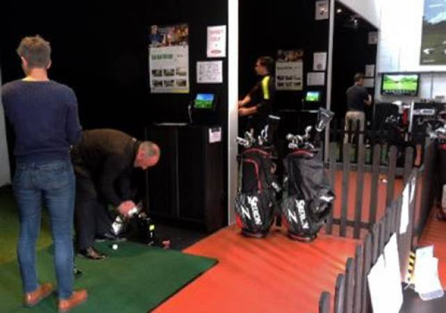 Golf Gifts For Him Golf lesson With PGA Pro at St Andrews Image 2