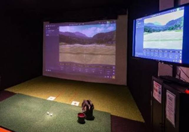 Golf Gifts For Him Golf lesson With PGA Pro at St Andrews Image 4