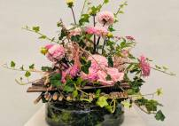 Thumbnail - Summer Flower Arranging Classes near Northamptonshire Image 1
