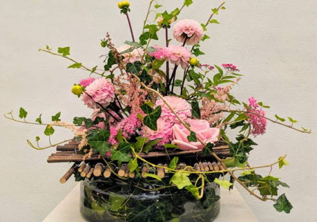 Summer Flower Arranging Classes near Northamptonshire Image 2