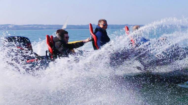 Powerboat Day Out Watersport Experience in Southampton 18yrs+ Image 2