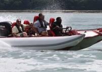 90 Min Thunderboat Racing Boat Image 3 Thumbnail