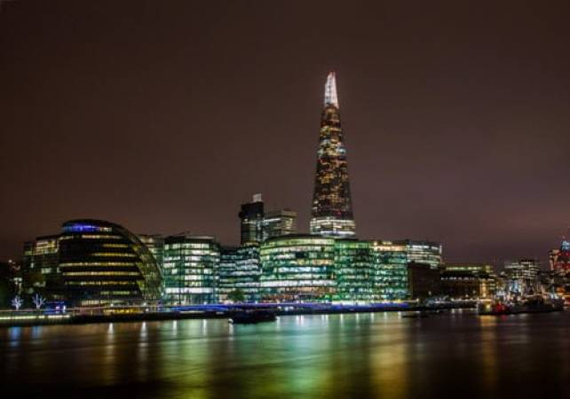 London Night Photography Private Tuition for 16 years+ Image 2