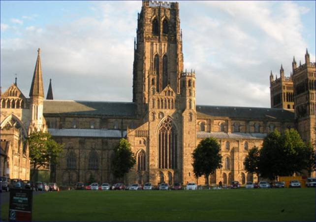 Half Day Walking tour in Durham, North East England Image 1