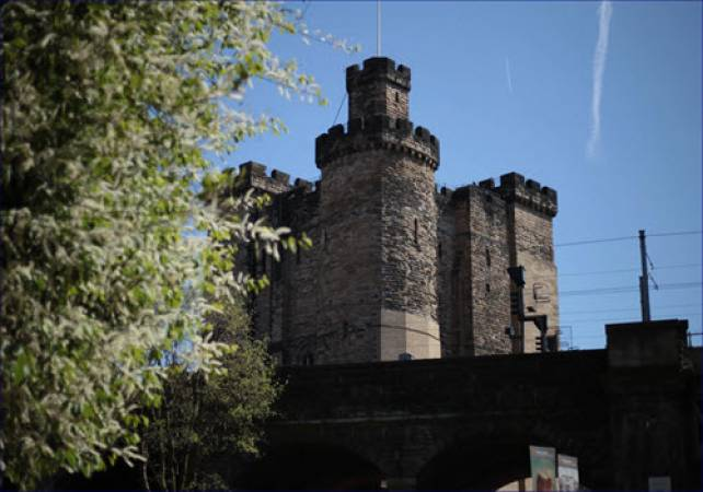 Half Day Walking tour in Newcastle, North East England Image 3