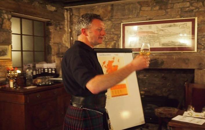 Whisky Tour of the Worlds Largest Scotch Whisky Company Edinburgh Image 4