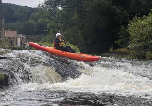 White Water Kayaking in North Wales for 1.5 Hours on the River Dee Image 2