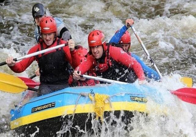 White Water Rafting in North Wales 2.5 Hrs on River Dee Image 3