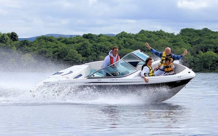 luxury speedboat tour on Loch Lomond in Scotland Image 1