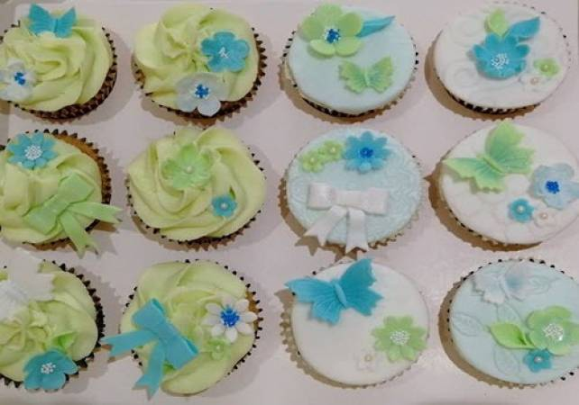 Cupcake Baking and Decorating Essex for Over 14 Years + Image 4