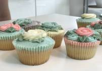 Cupcake Decorating Class For Intermediates Image 3 Thumbnail
