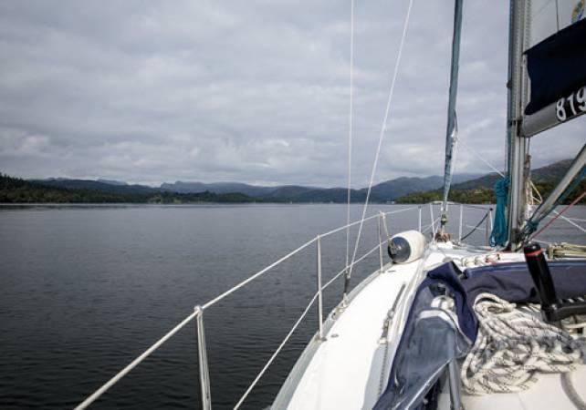 Private Sail on Lake Windermere  - Kendal Cumbria Image 3