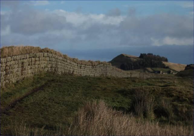 Full Day Walking tour Hadrian's Wall Image 6