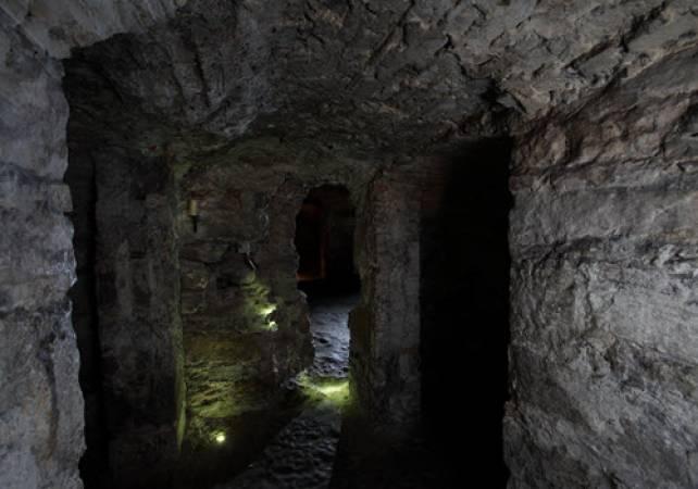Mercat Historic Underground Tour experience in Edinburgh Image 3