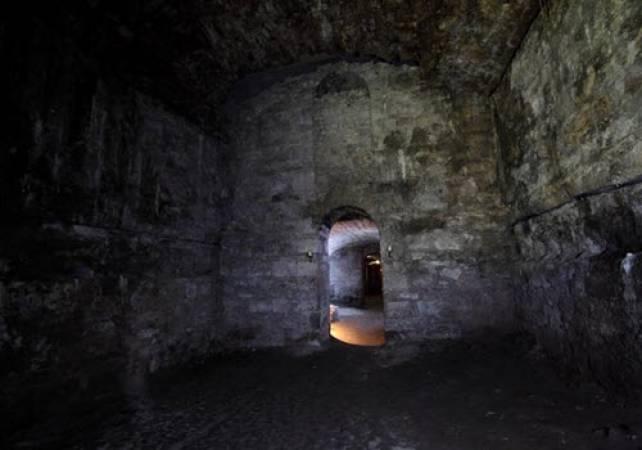 Mercat Historic Underground Tour experience in Edinburgh Image 2