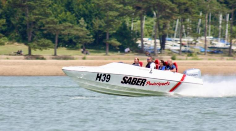 Speedboat Racing on the Solent Southampton in Powerboats for 18yrs+ Image 3