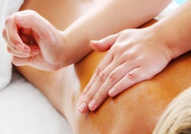 Lomi Lomi Massage at Relax  - Gifts for Her and Gifts For hIm Image 1