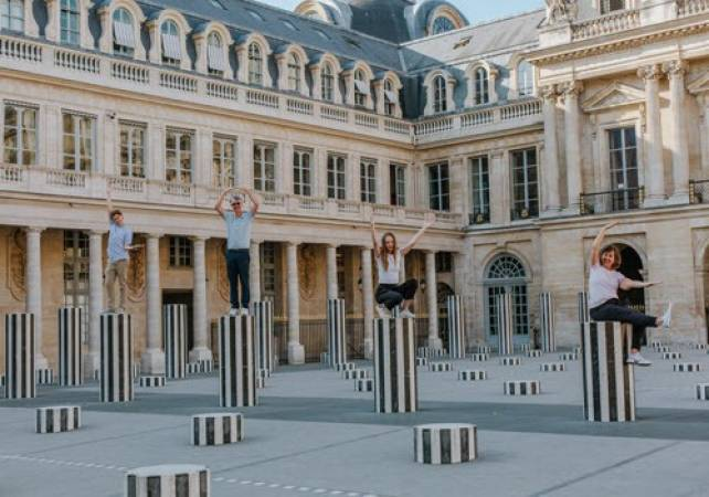 One Hour Photo session in Paris France Gift Experiences Image 5